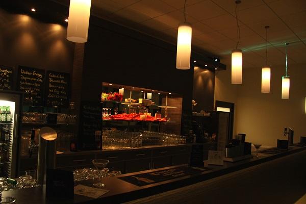 Bar im kleinen Saal