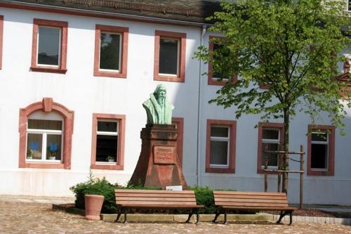 Johann-Mathesius-Denkmal