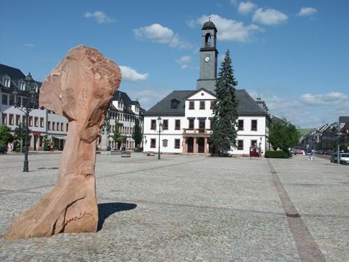 Markt mit Rathaus